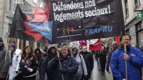 Manifestation du FRAPRU à Québec le 21 mars 2015.